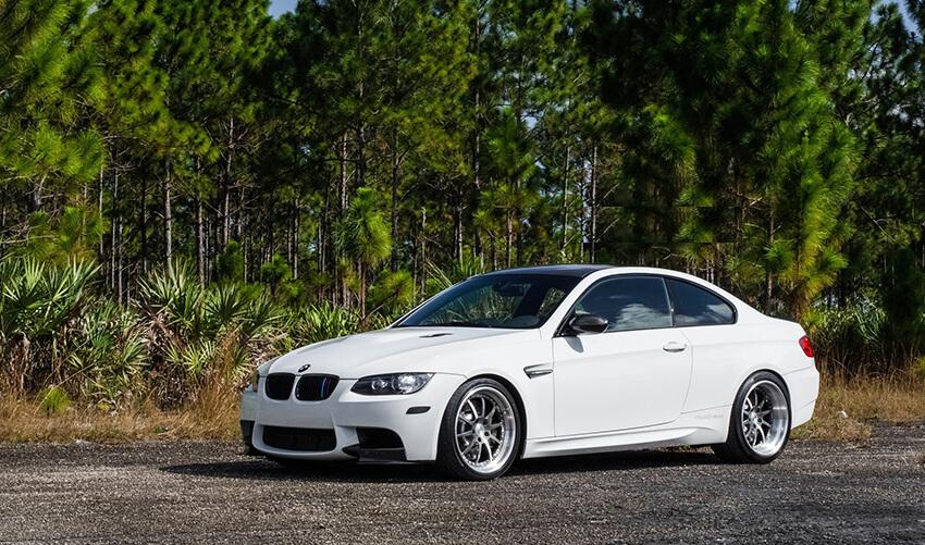 bmw33 BMW 335 Rental