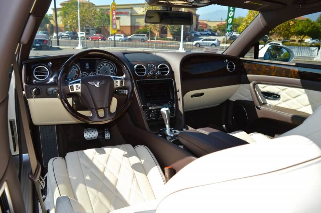 Bentley Flying Spur Rental inner