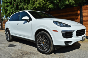 side view of the Porsche Cayenne in Los angeles