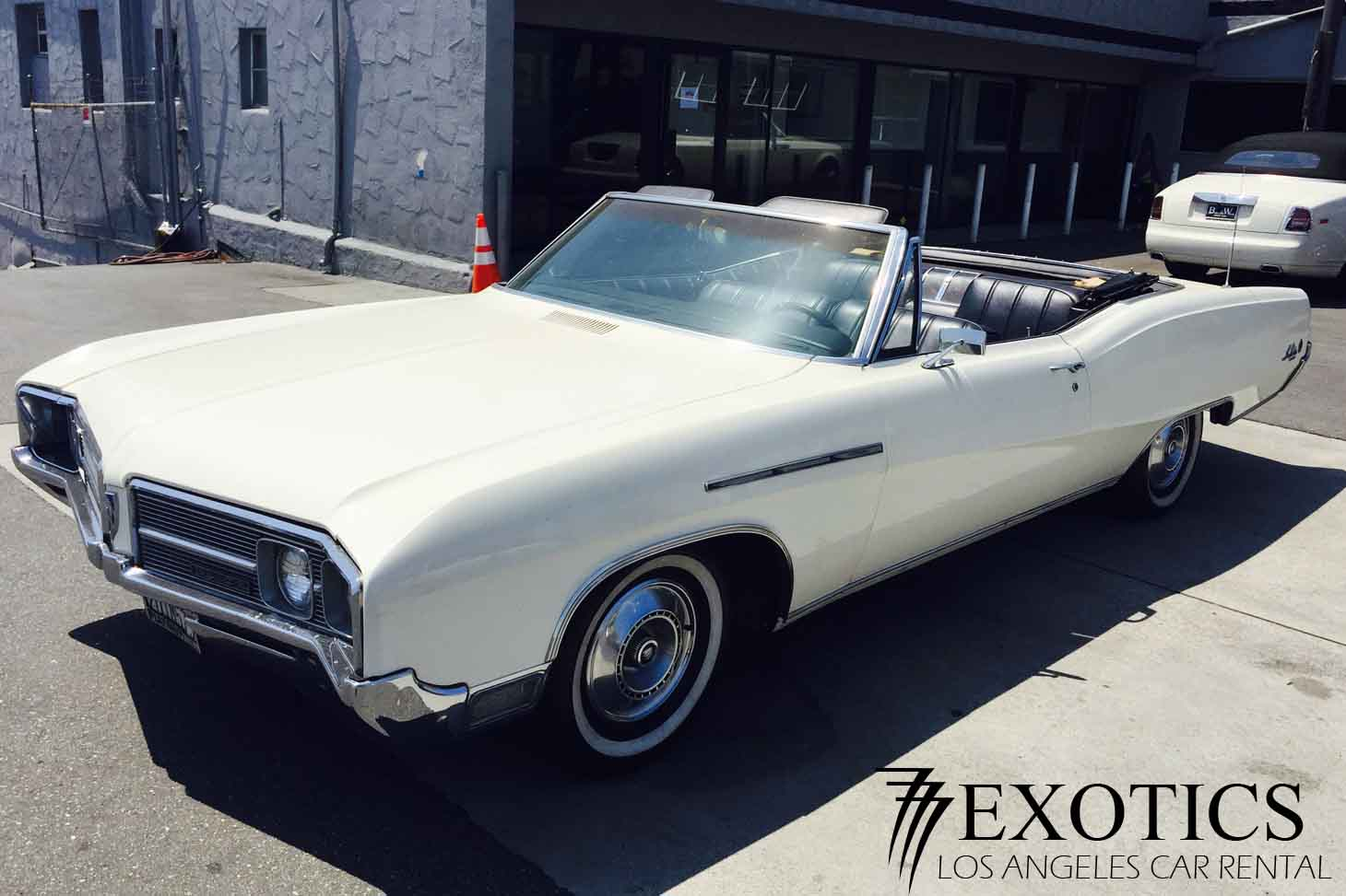 68-buick-le-sabre-front-top Rent A Wedding Car