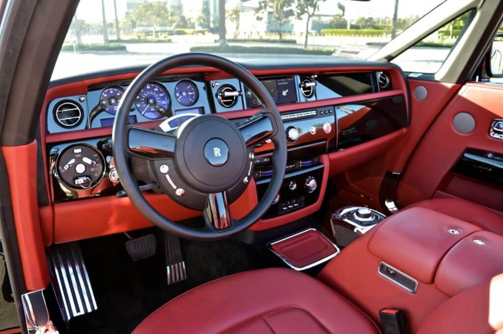 red leather car interior of rolls royce - 777 Exotic Car ...