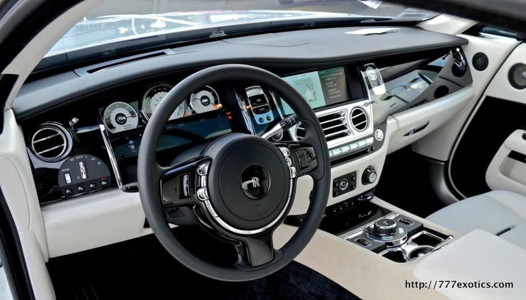 Rolls Royce Interior Steering Wheel And Dashboard 777