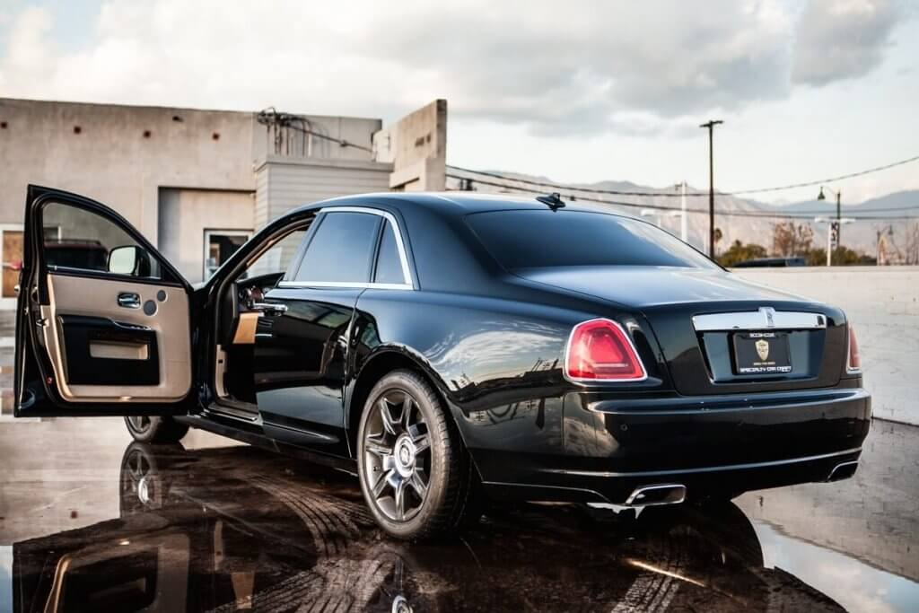 Rental los angeles of rolls royce limousine