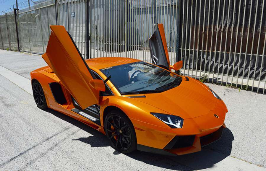 rent a Lamborghini in los angeles