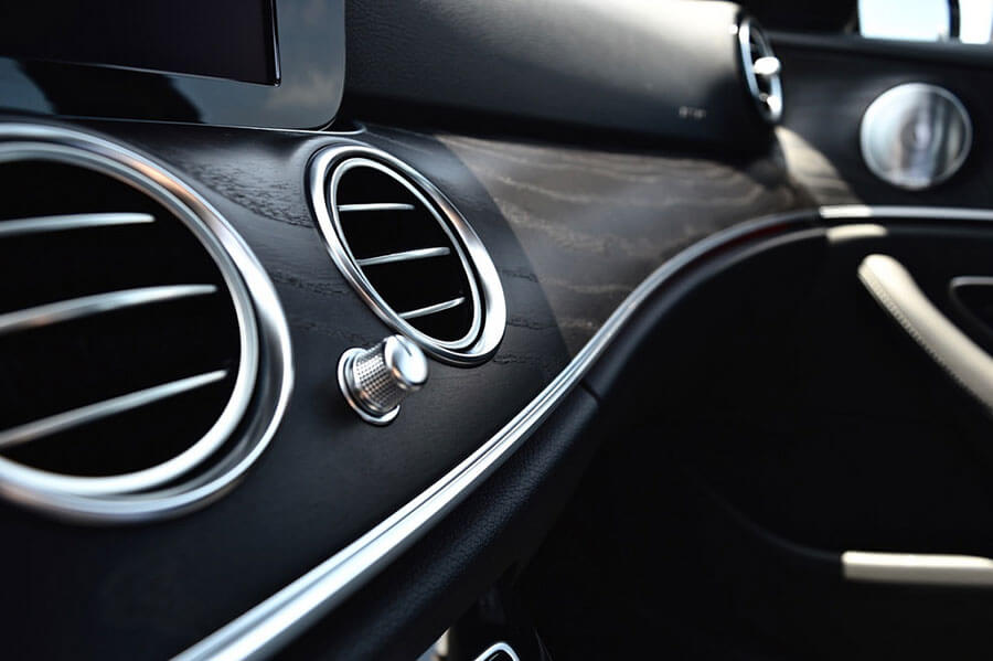 AC of Mercedes Benz E300 Rental Los Angeles