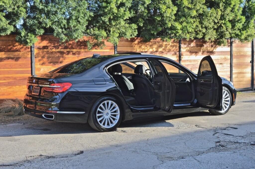 Luxury car rental las vegas airport 14