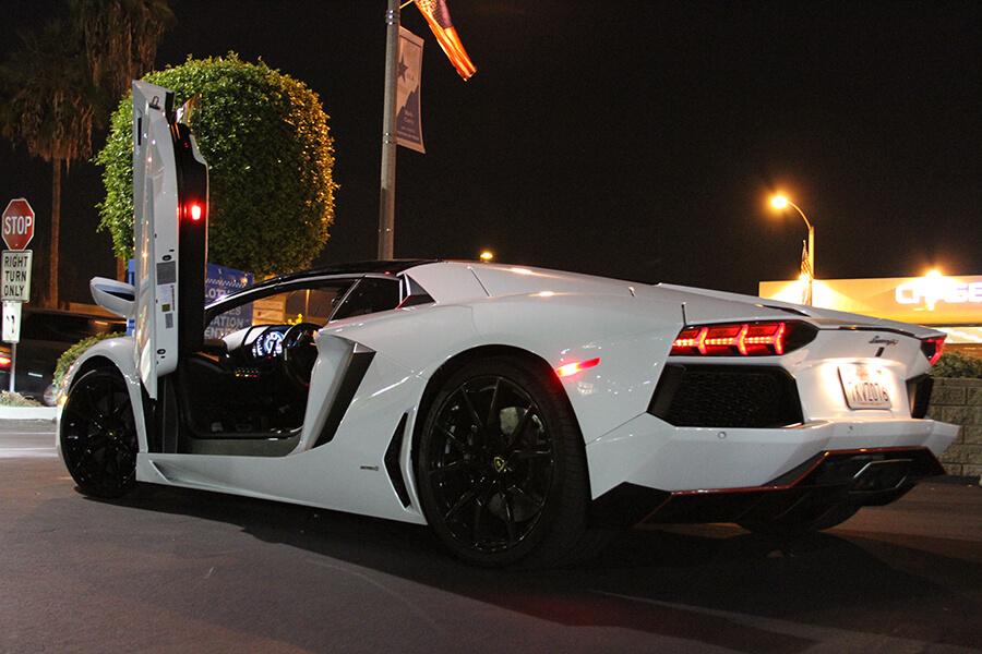 lamborghini aventador white back. lamborghini aventador roadster white back view doors open la rental 1