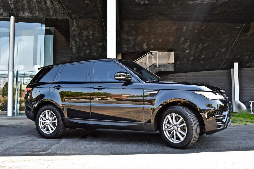 range rover supercharge rental side view beverly hills