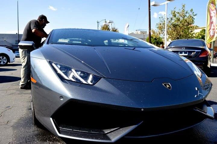 Lamborghini Huracan Grey close up LA rental