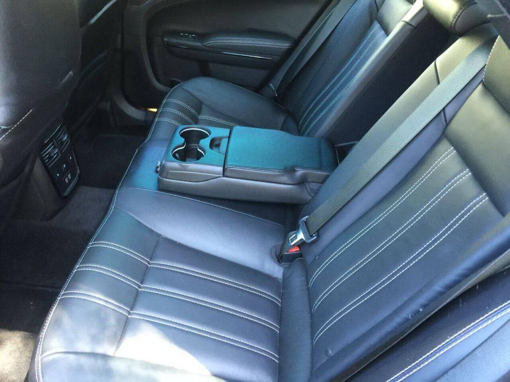 Chrysler 300 S rental seats photo LA