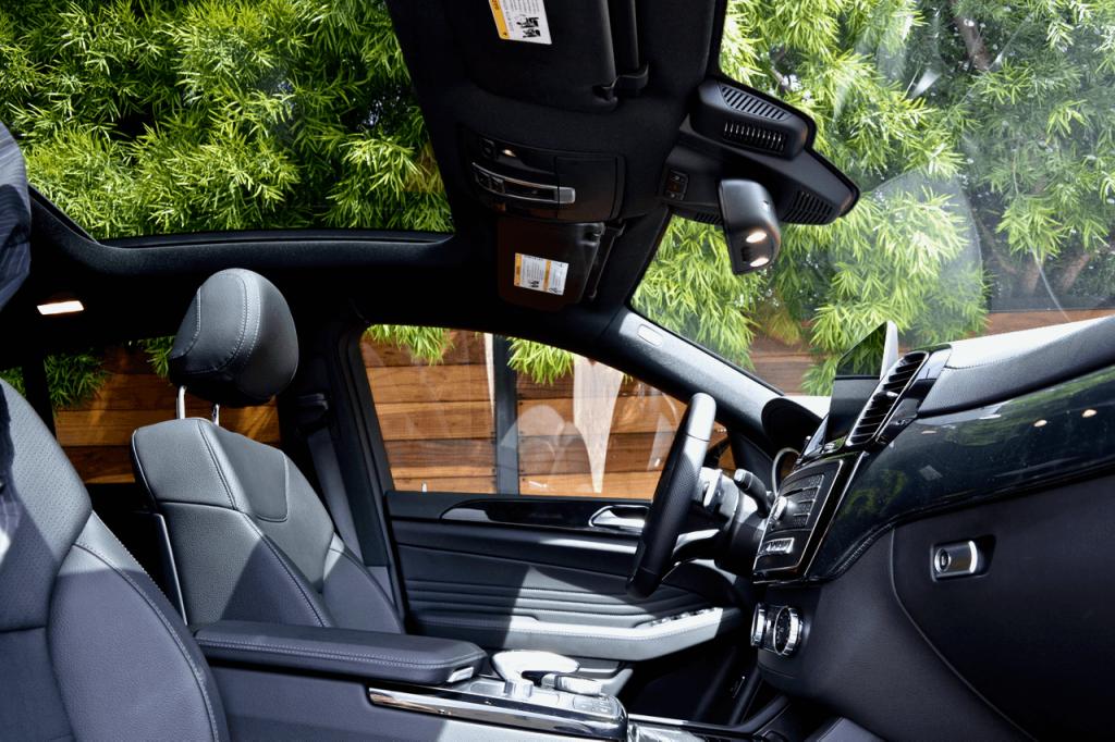 Black Mercedes GLE Rental Los Angeles