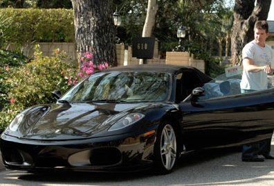 Simon-Cowell-Driving-His-Ferrari-F430 SIMON COWELL Having Expensive Cars