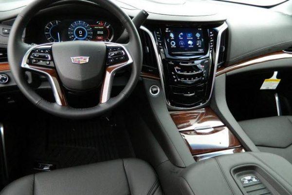 19183586022x640-600x400 Cadillac Escalade ESV Rental