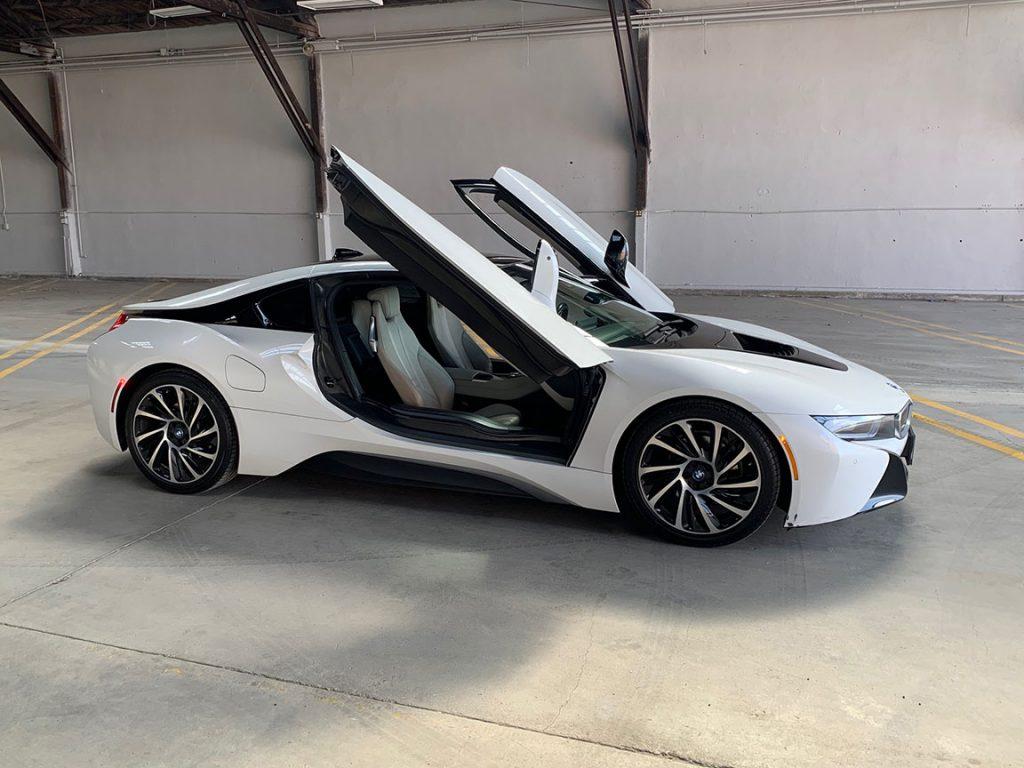 Exotic Car Rental BMW i8