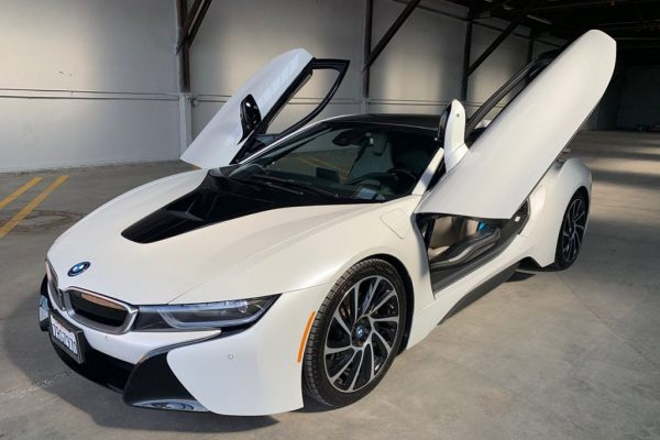 BMW i8 White Car Hire Rental