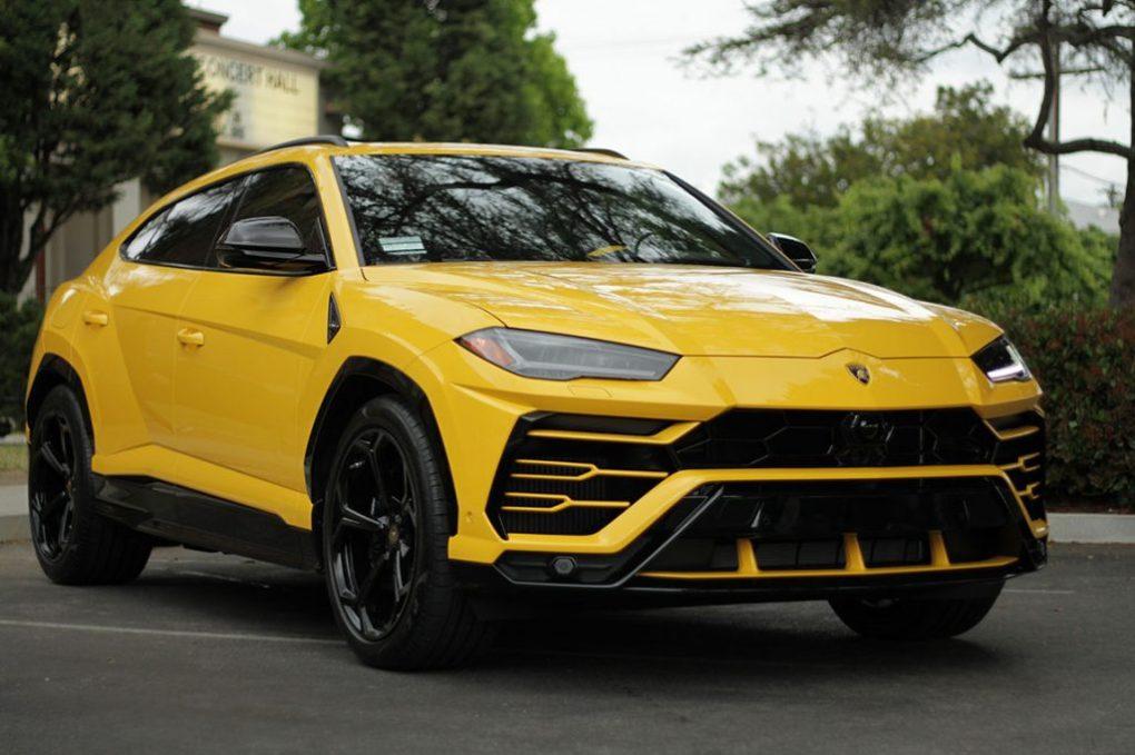 Lamborghini Urus Rental Yellow