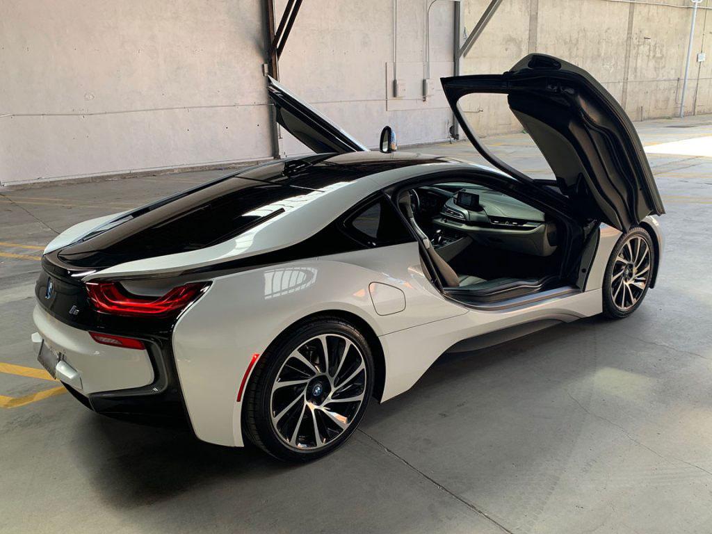 IMG_2703 BMW i8 (White)