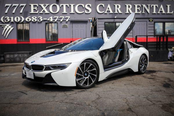 BMW i8 White Car Rental Beverly Hills | Car Rental Los Angeles